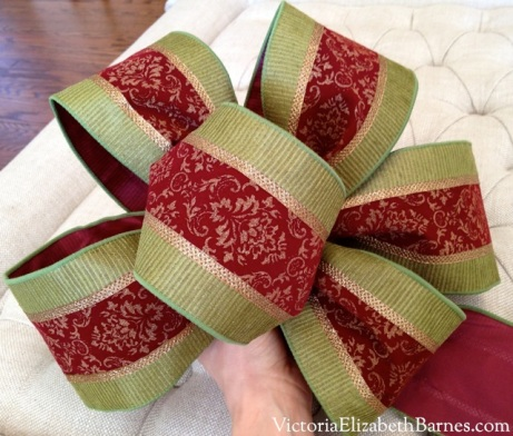 DIY large bow.  Christmas decorations.  Indoor outdoor ribbon.  How to make a large bow to decorate your front door wreath or banister for the holidays.